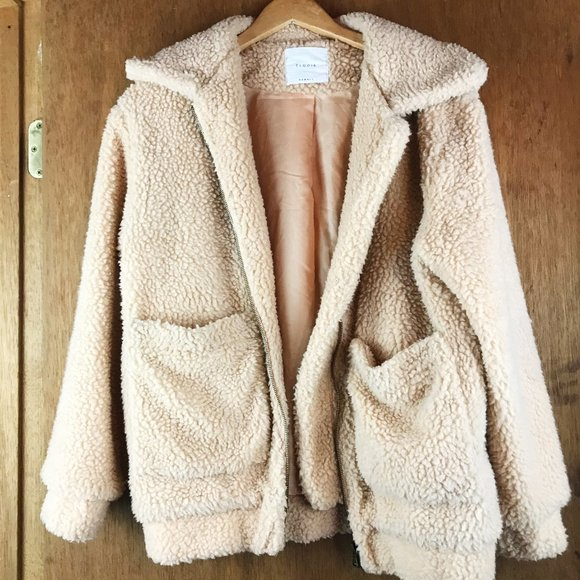 Vintage Jackets & Blazers - Cream Tan Teddy Jacket